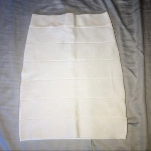 Bebe Solid White Bandage Skirt 🌼